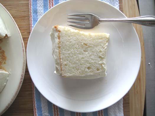 Healthy lemony angel food cake a cozy kitchen eggslemonssugar forumfinder Gallery
