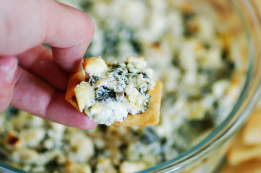 Spinach Artichoke Dip With Chips Spinach-artichoke Dip With