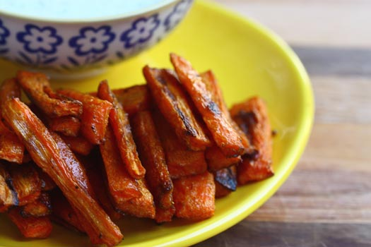 Spicy Carrot Fries with Tzaziki Sauce