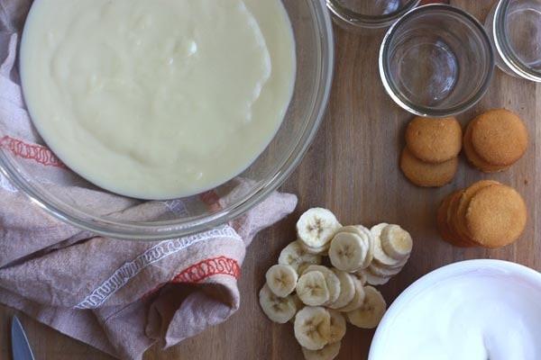 Banana Pudding Nila Wafers and Bananas
