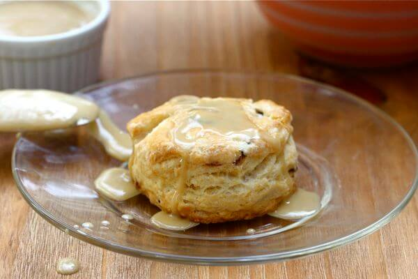 maple bacon biscuits w maple glaze a cozy kitchen