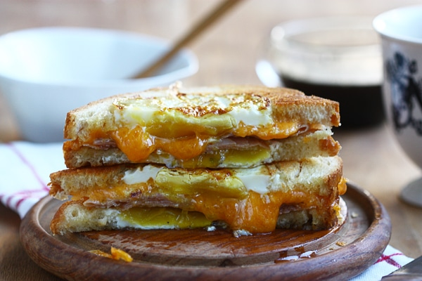 Egg-in-a-Hole Grilled Cheese – A Cozy Kitchen