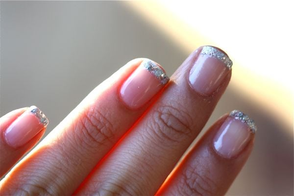 Glitter nails three ways a cozy kitchen step prinsesfo Choice Image