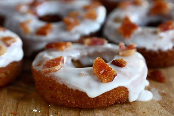 Maple bacon doughnuts are nothing new to my world (evidence: here and ...