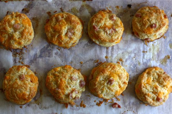 Ham and Cheddar Buttermilk Biscuits – A Cozy Kitchen