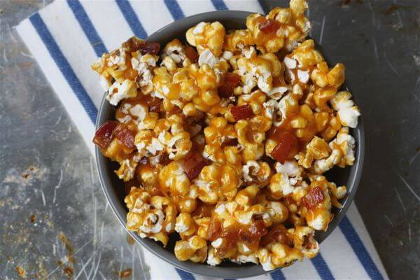 Spicy Caramel Bacon Popcorn