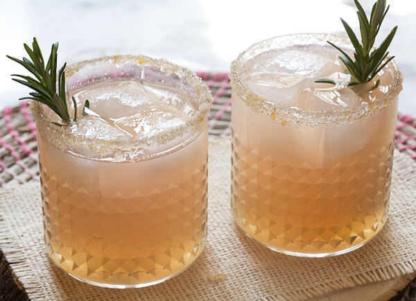 Grapefruit and Rosemary Sparkler