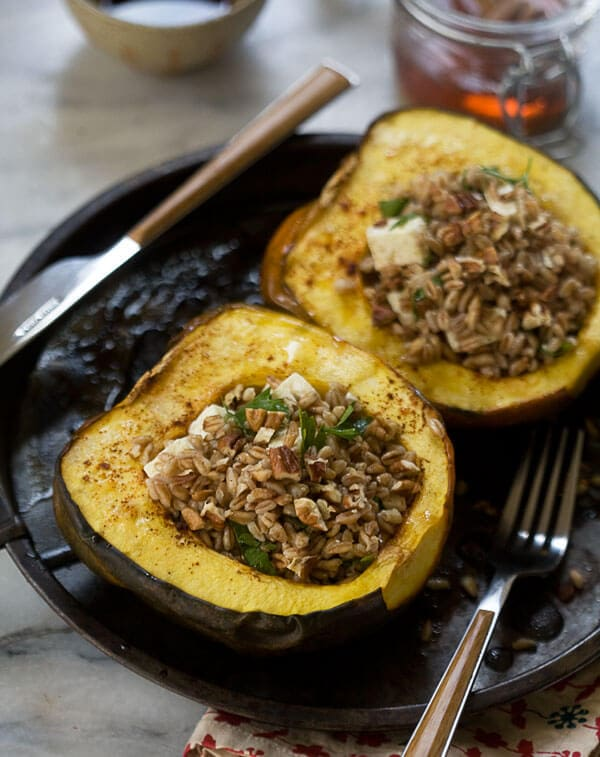 Acorn Squash Boats with Farro, Pecans and Goat Cheese // www.acozykitchen.com