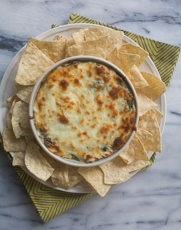 Warm Spinach and Artichoke Dip // www.acozykitchen.com