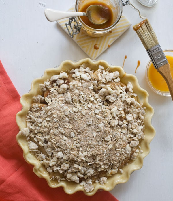 Caramel Pear Pie with Oat Crumble // www.acozykitchen.com
