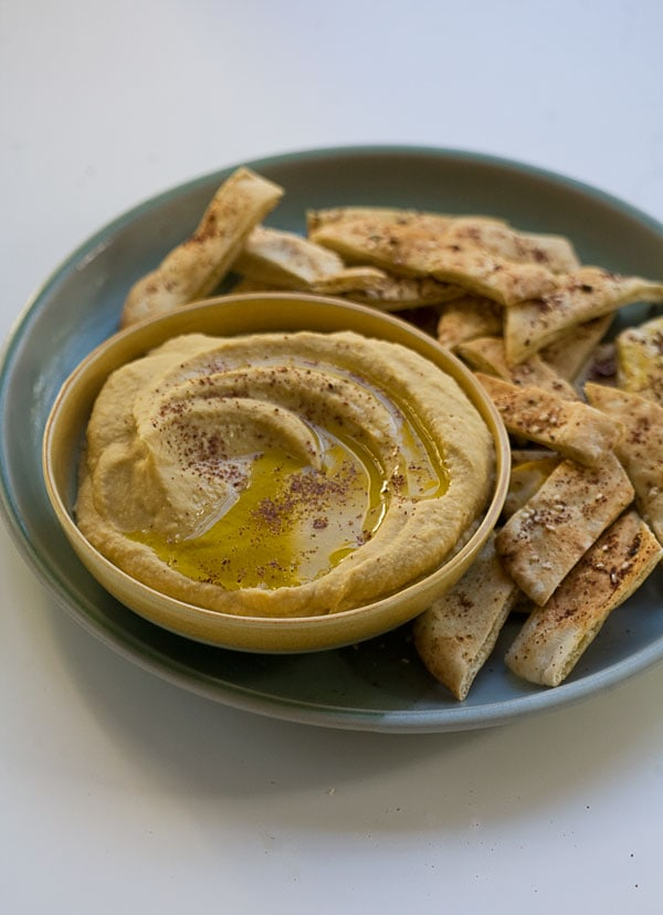 Winter Squash Hummus with Za'aatar Dusted Pita // www.acozykitchen.com