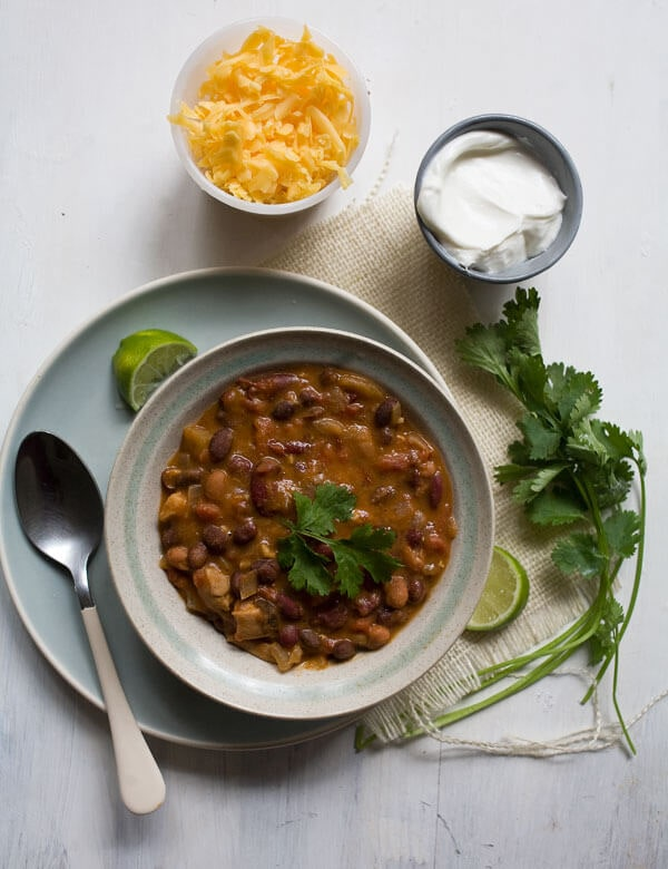 Chipotle Chicken Chili // www.acozykitchen.com