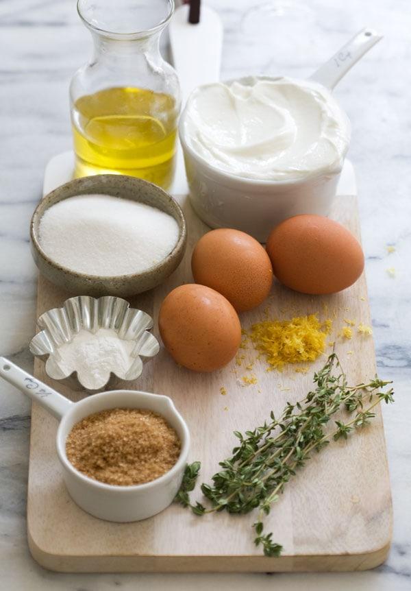 Lemon Yogurt Pound Cake // www.acozykitchen.com