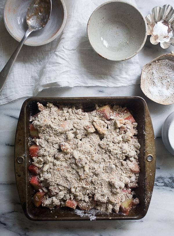 Rye Rhubarb Walnut Crumble // www.acozykitchen.com