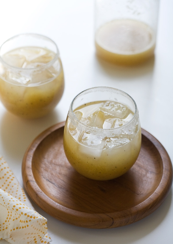 Grilled Pineapple Margarita // www.acozykitchen.com