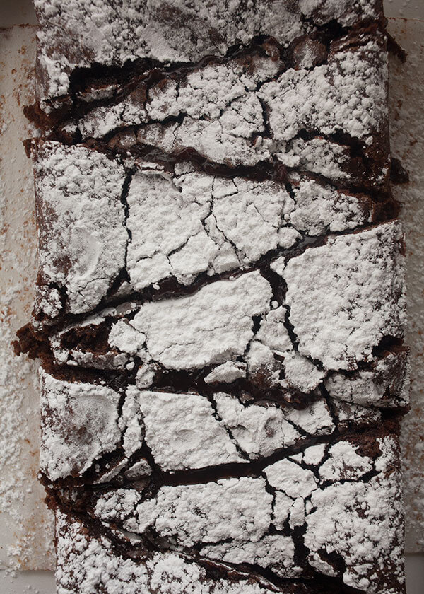 Izy's Swedish Chocolate Cake | www.acozykitchen.com