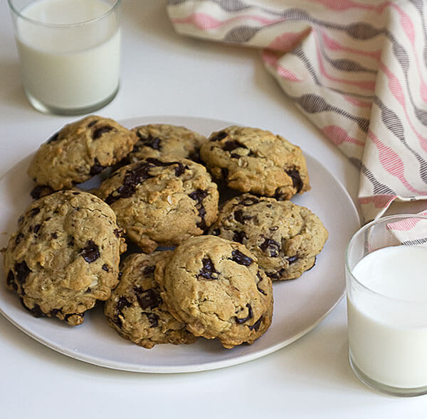 Chocolate Chip Cookies // www.acozykitchen.com