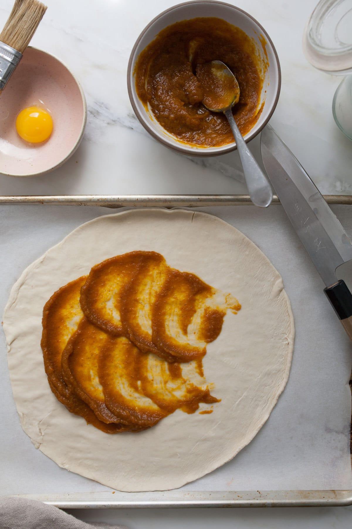 Spiral Pumpkin Twists with Maple Cream