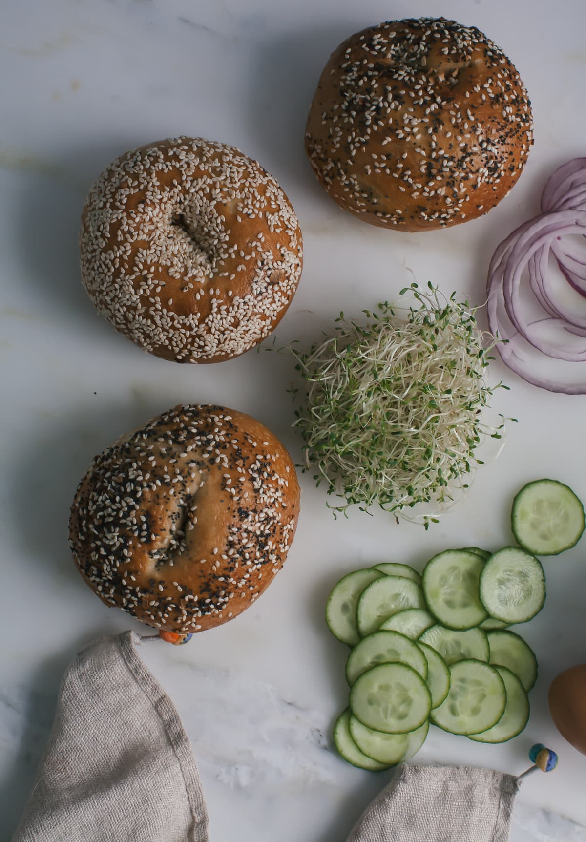 How to Make a Bomb Ass Bagel Sandwich At Home