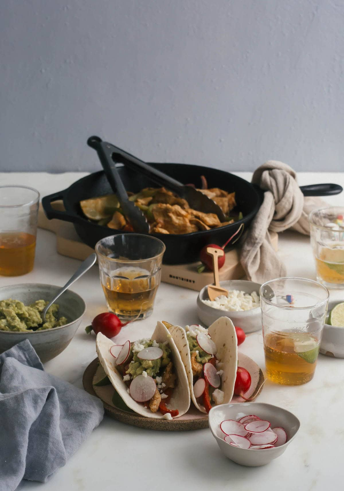 Simple Chicken Fajitas with Tomatillo Guacamole