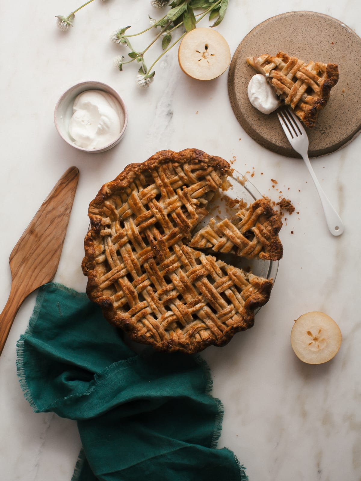 Asian Pear Pie And Apple Pie