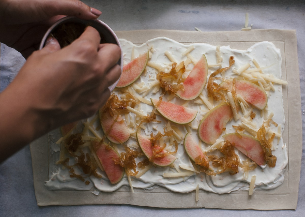 Caramelized Onion And Apple Tarts With Gruyere And Thyme Recipe ...