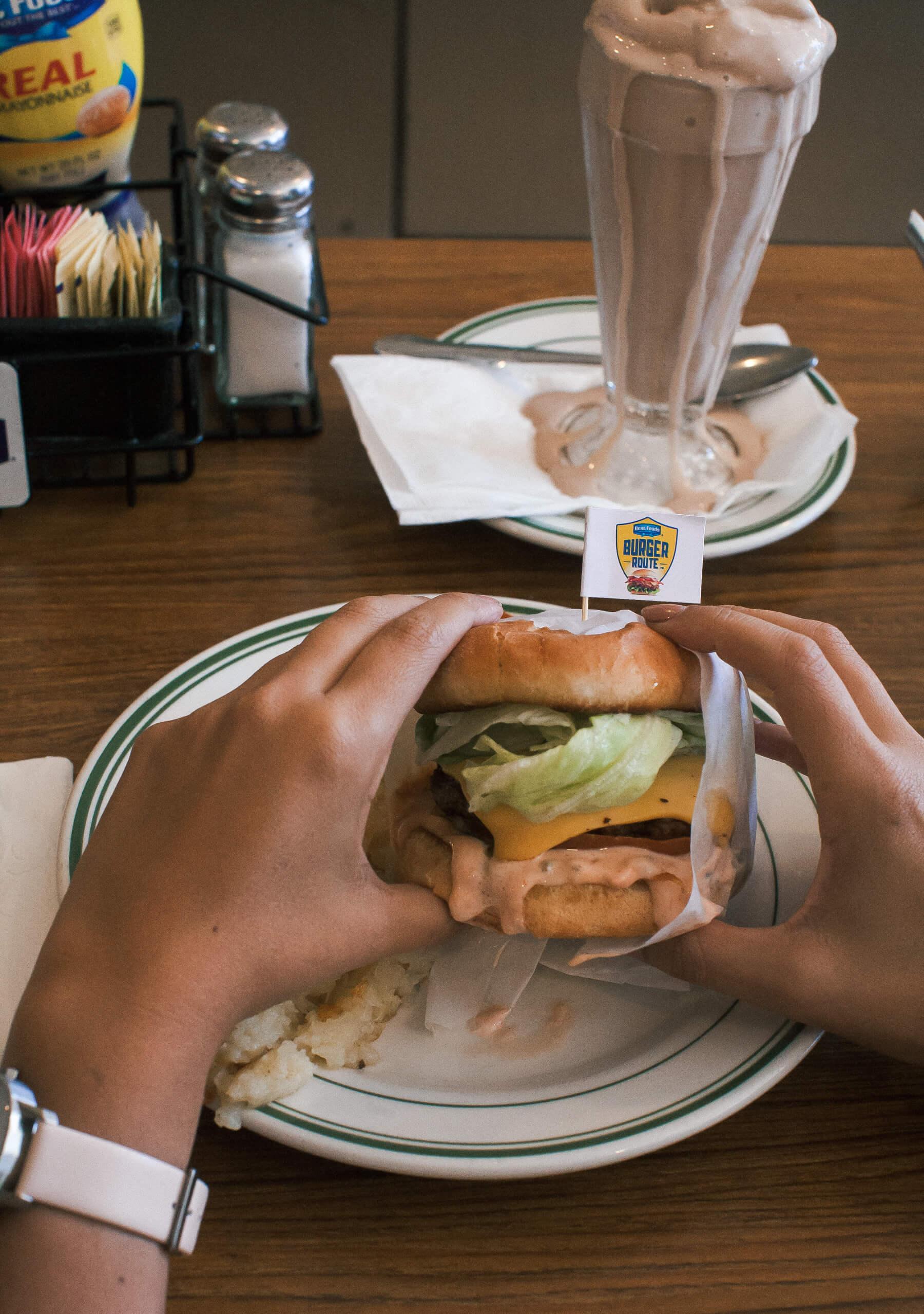 Pie 'n Burger