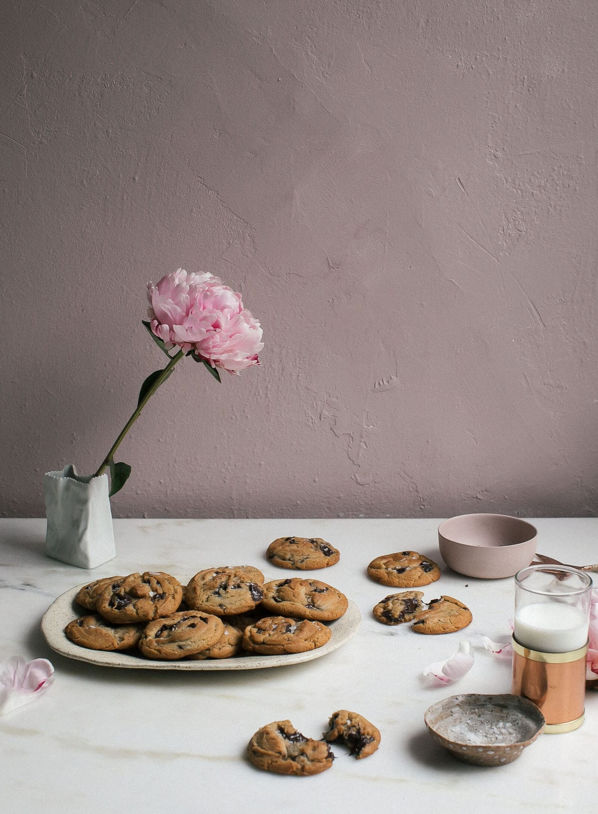 My Favorite Cozy Chocolate Chip Cookies