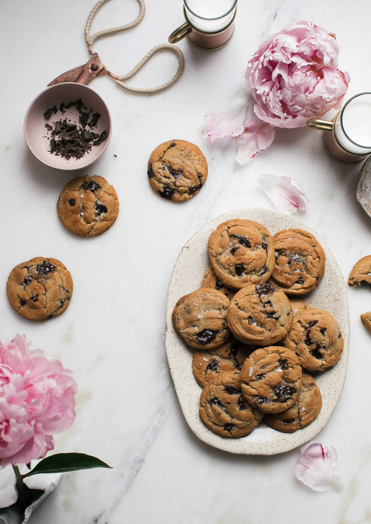 My Favorite Cozy Chocolate Chip Cookies – A Cozy Kitchen
