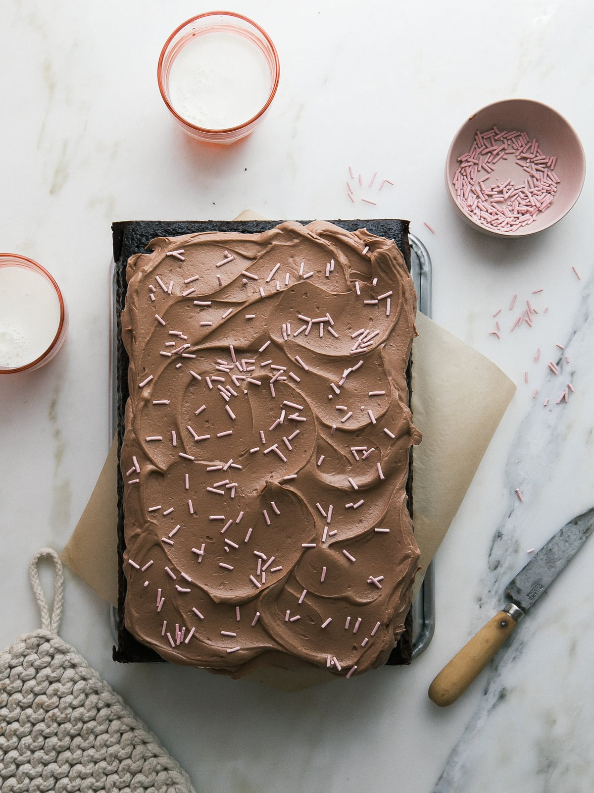 One-Bowl Chocolate Sheet Cake with Fudge-y Simple Frosting – A ...