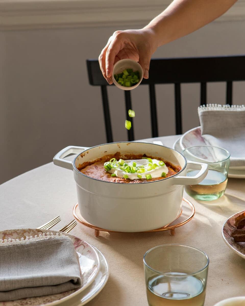 Fluffy Cornbread Topped Vegetarian Chili