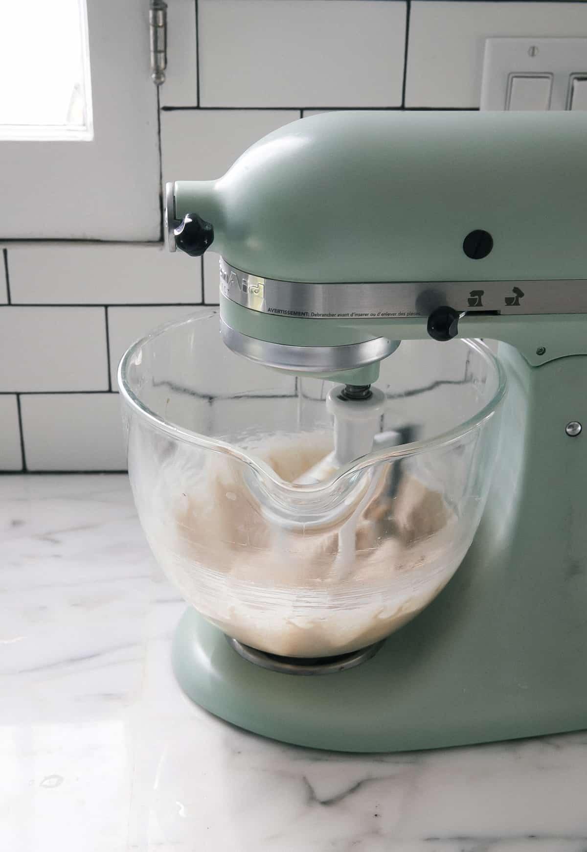 KitchenAid of frosting